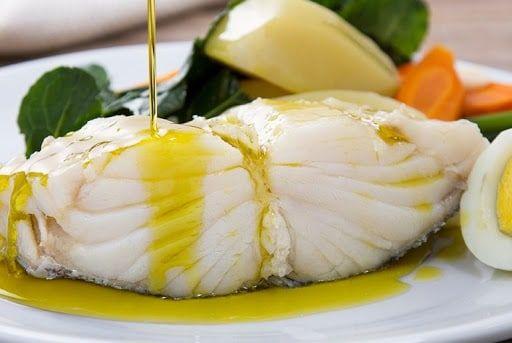 Aprenda 5 técnicas para dessalgar o bacalhau