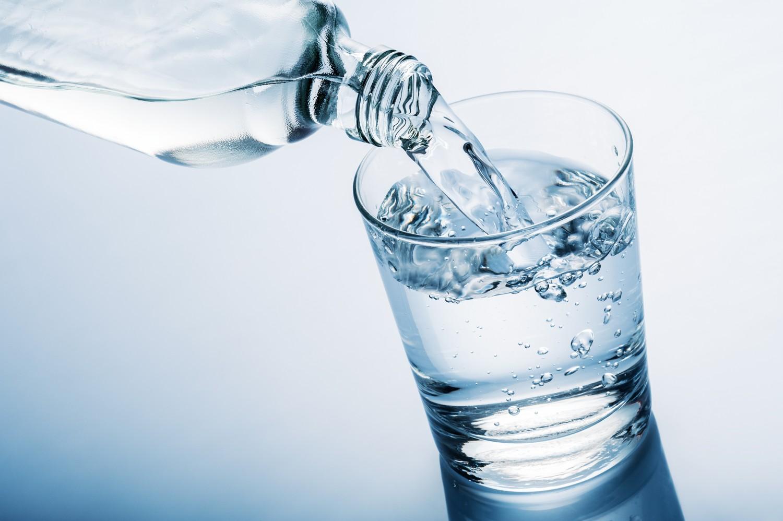 Conheça os benefícios de beber água