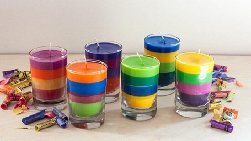 Faça velas coloridas em casa