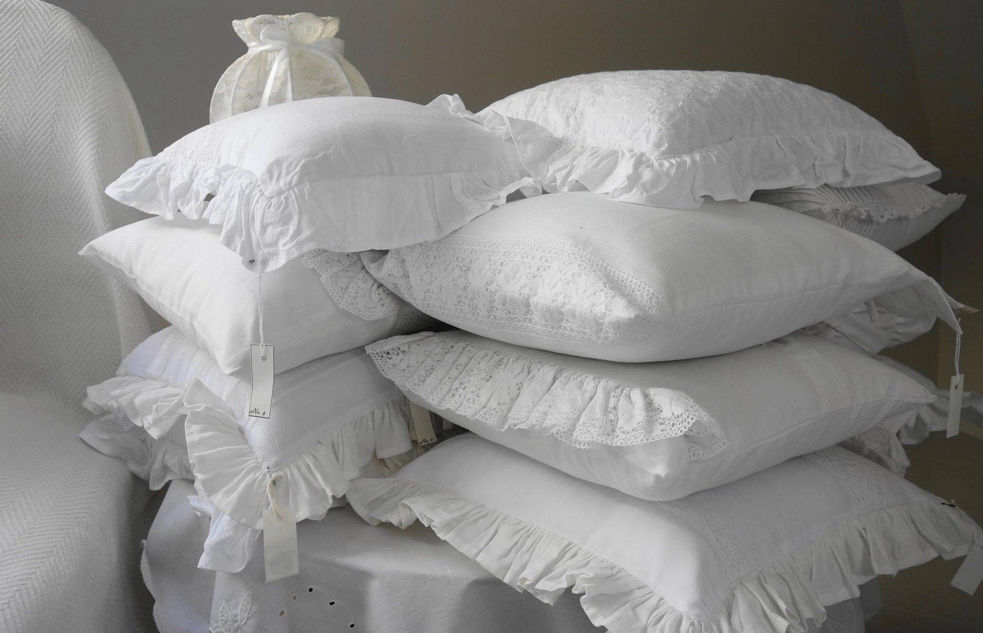 Como lavar travesseiro a seco